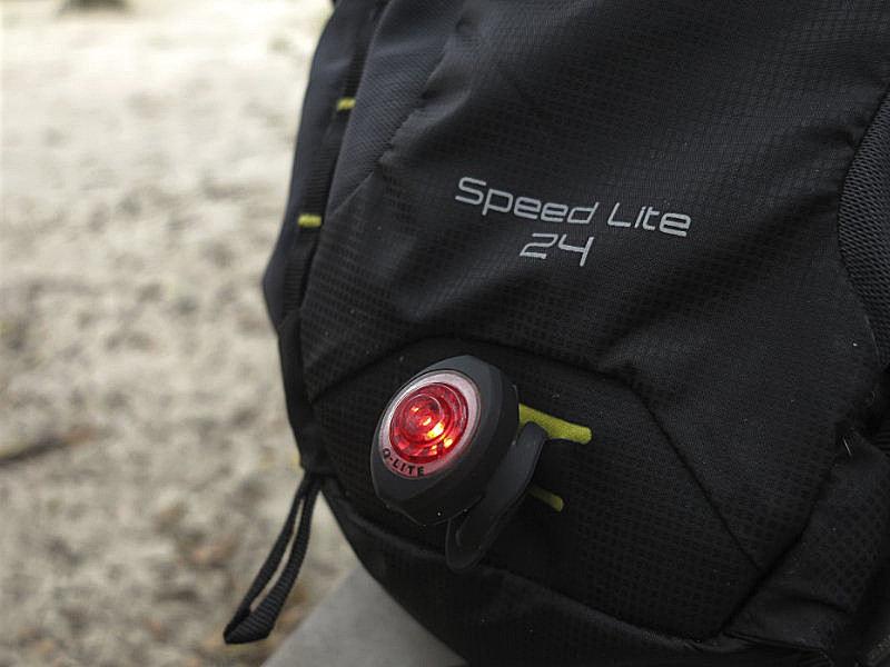 Blink light em uso no loop da mochila