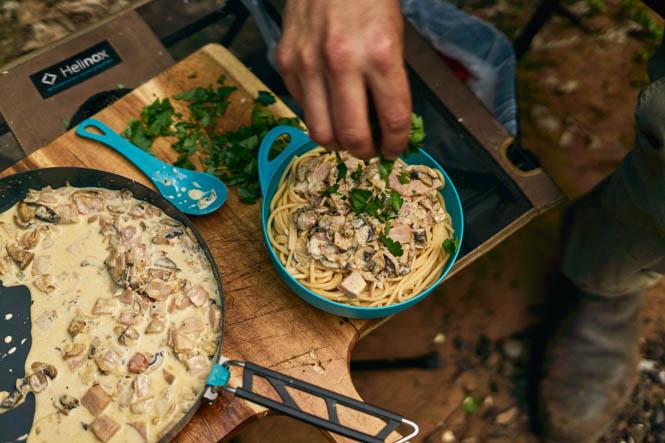 Receita Macarrão cremoso com bacon e cogumelos