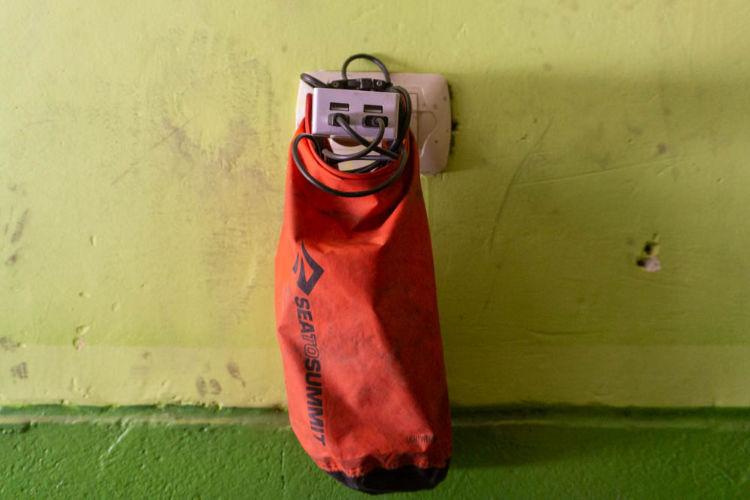 Uso alternativo do saco estanque no bikepacking