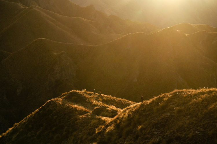 Por do sol na trilha - Te Araroa Trail