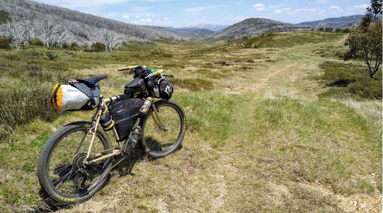 Bolsa de selim bikepacking
